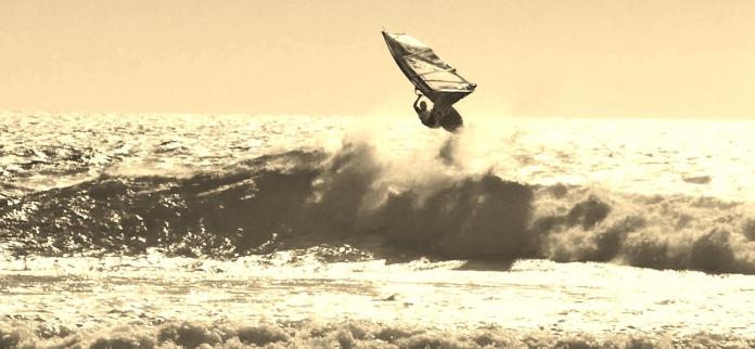 občas i při JV větru přijde nějaká ta vlnka